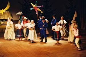 Театральное представления на праздновании Эмауса