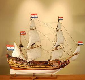 Модель старинного корабля