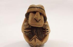 Обезьянка из кокосового ореха
