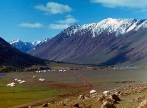 Туристический сезон в монголии длится