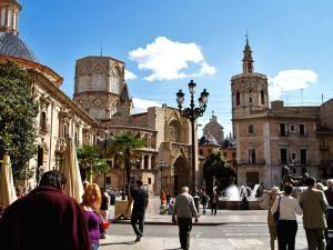 Незабываемая прогулка по улочкам Валенсии
