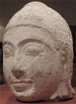 Голова от статуи Будды