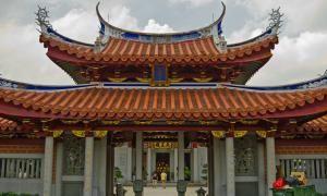 Храм созерцания Двойной рощи Лотосовой горы