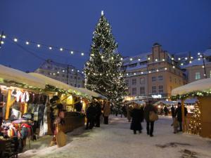 Рождественский базар на Ратушной площади Таллина