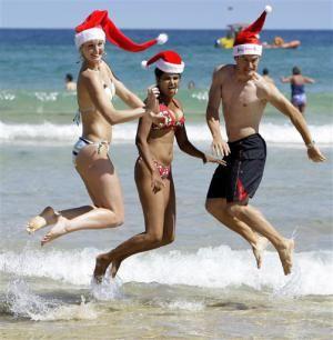 Встреча Нового года на пляже ОАЭ