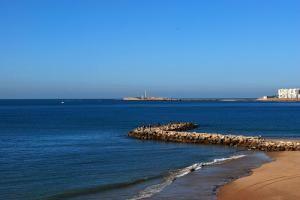 Пляж Плайя-де-ла-Виктория