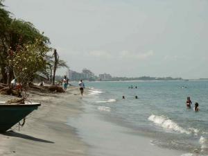 Пляж Позос Колорадос