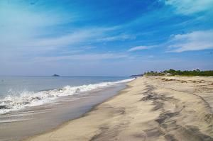Пляж Санта-Клара