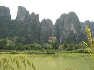 Долина реки Нам Сонг