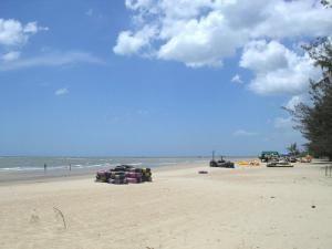 Пляж Манггар