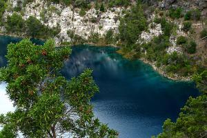 Синее Озеро в Маунт-Гамбье