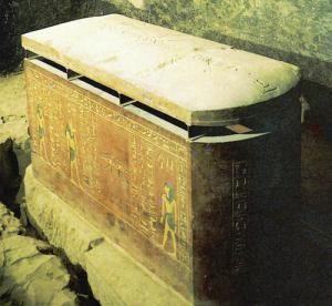 гробница АменхотепГ