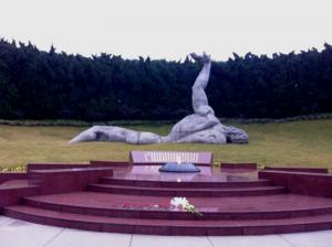 Скульптура Неизвестного Мученика, Шанхай, кладбище мучеников