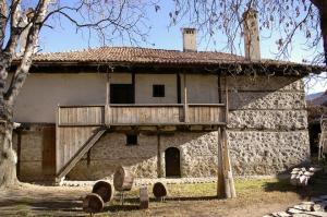 Музей неолитических жилищ