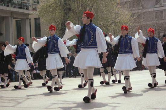 Греция обычаи и традиции памятники из гранита в уфе ростове на