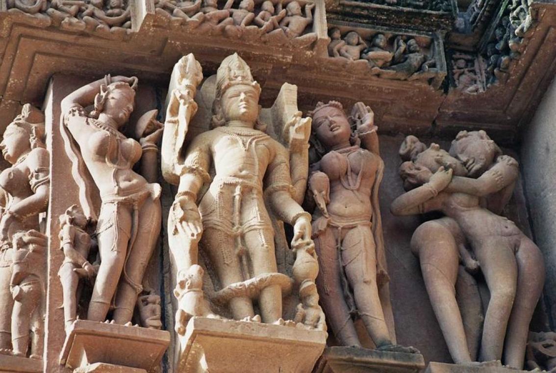 Эротический храм в индии 15 фотография